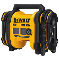 Best Tire Pump_Dewalt DCCO201B