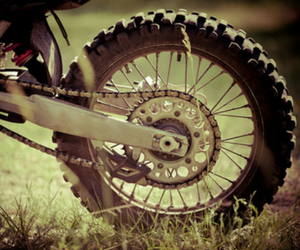 how to maintain dirt bike tire