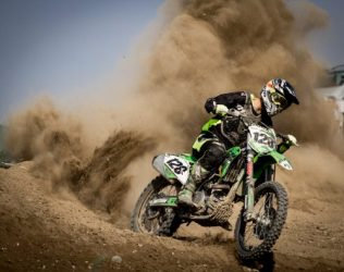 TOP 5 dirt bike riding tips for beginners