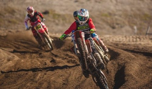 The ultimate dirt biking guide with motocross advice