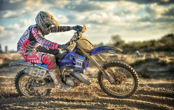 Best Two-Stroke Dirt Bike 2020 - Ultimate 2 stroke dirt bike guide